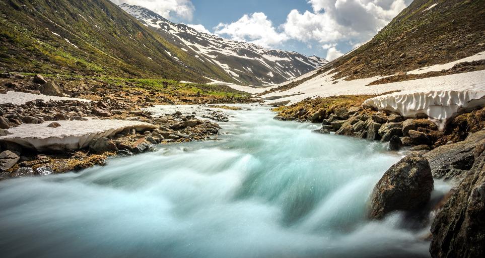strumień w górach